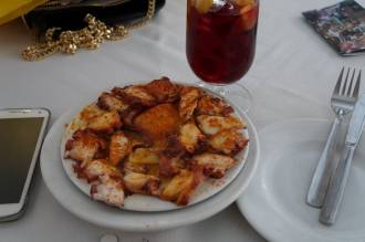 pulpo and vino