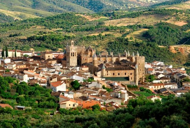 LA-PUEBLA-DE-GUADALUPE-PANORÁMICA-IV-CARLOS-CRIADO-2007-1.jpg
