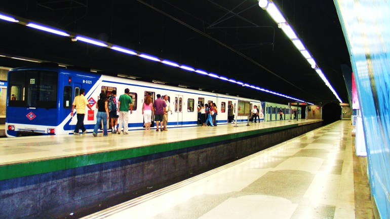 Metro_Madrid_Linea_6_Plaza_Eliptica_Spanish_Solution.jpg